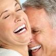 Lamingi žmonės su implantais